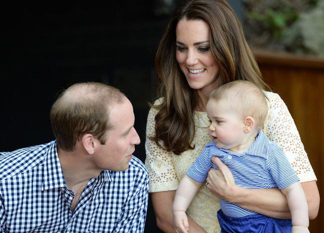 Принц Чарльз рассказал, что Миддлтоны не дают ему видеться с внуком