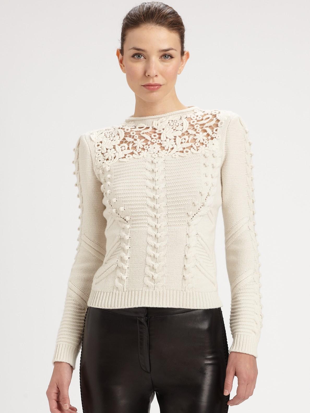 белый свитер №1