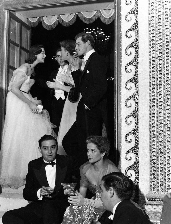 1952. Артуро Лопес в Нейи