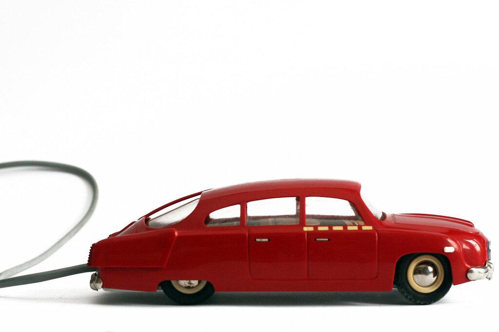 Ites, Tatra 603, c1964. Czechoslovak made remote control toy car1280.jpg