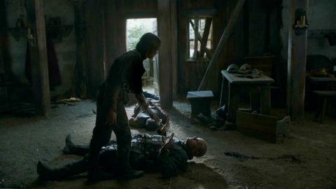 Арья убивает Полливер