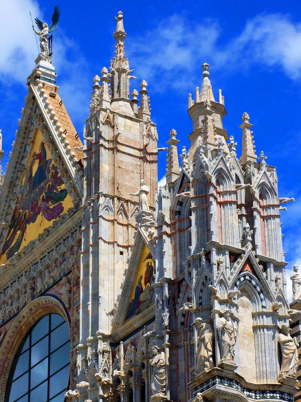 Скульптурные композиции на стенах Кафедрального Собора (Сattedrale di Santa Maria Assunta; Duomo di Siena)
