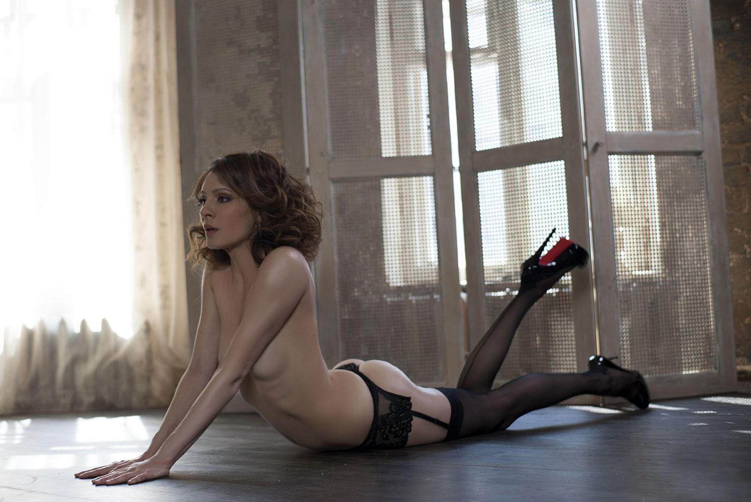 Смотреть кухня секс с крестиной 16 фотография