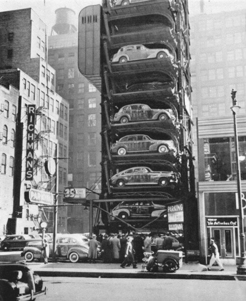 THE CAR PARKING MACHINE (1932)