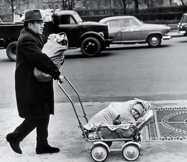 Виктор Ахломов «Плевать мне на Мальтуса», 1960.jpg