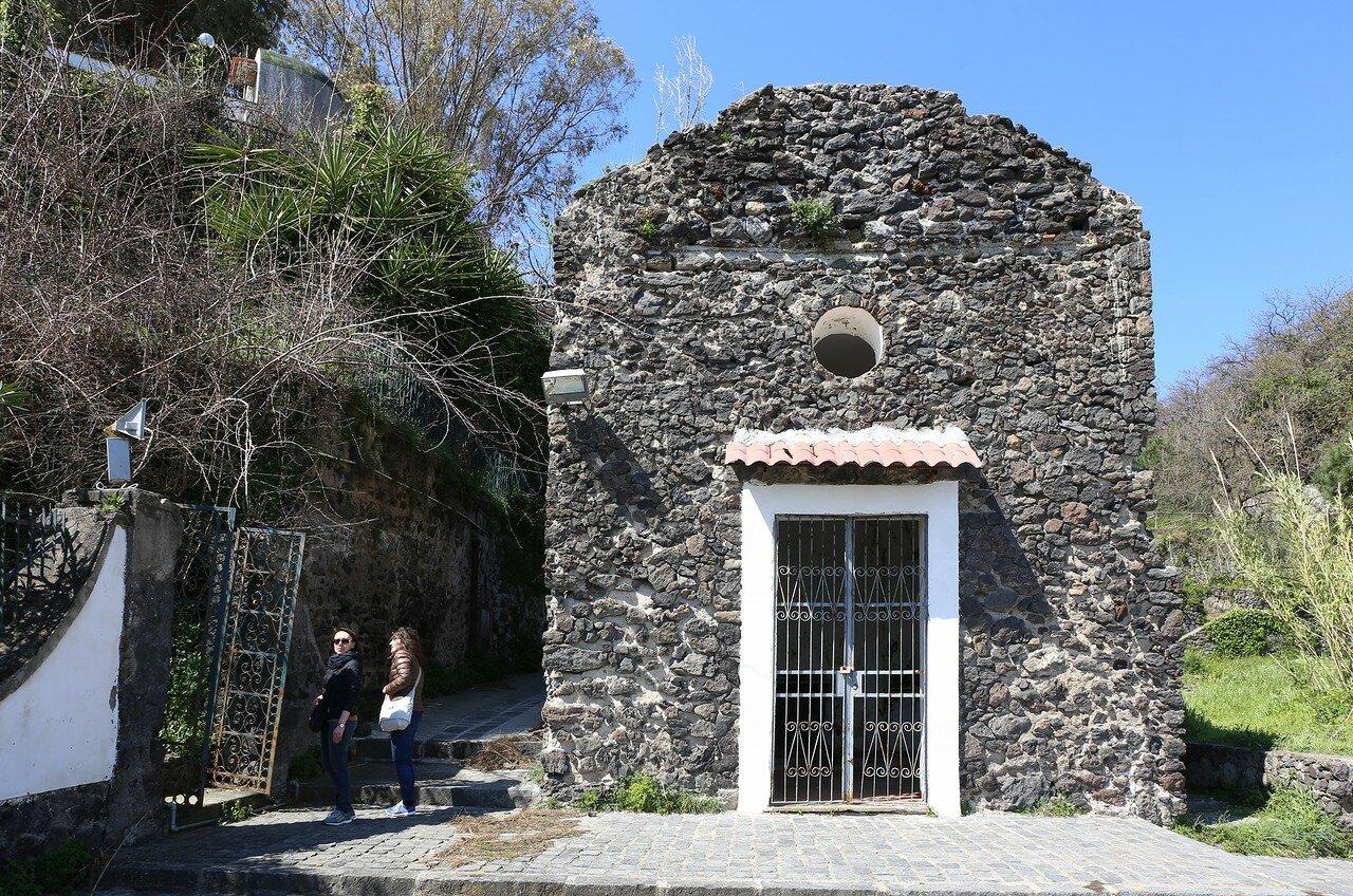 Искья. Церковь Святой Анны (Chiesa Sant'Anna)