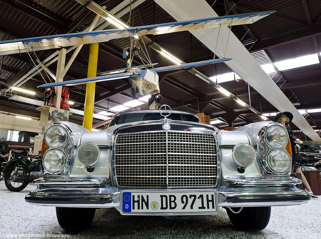 5. В музее Auto & Technik Museum Sinsheim можно проследить историю развития марки Mercedes-Benz от старинных экземпляров до более-менее современных. (Samyang AE 14mm f/2.8 ED AS IF UMC, 1 сек, 0 eV, приоритет диафрагмы, f/8, 14 mm, 100)