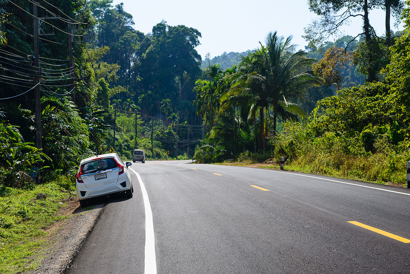 Фотография 9. Где-то в горах по пути в Ранонг. Отзыв о путешествии по Таиланду дикарем (125, 60, 9.0, 1/125)