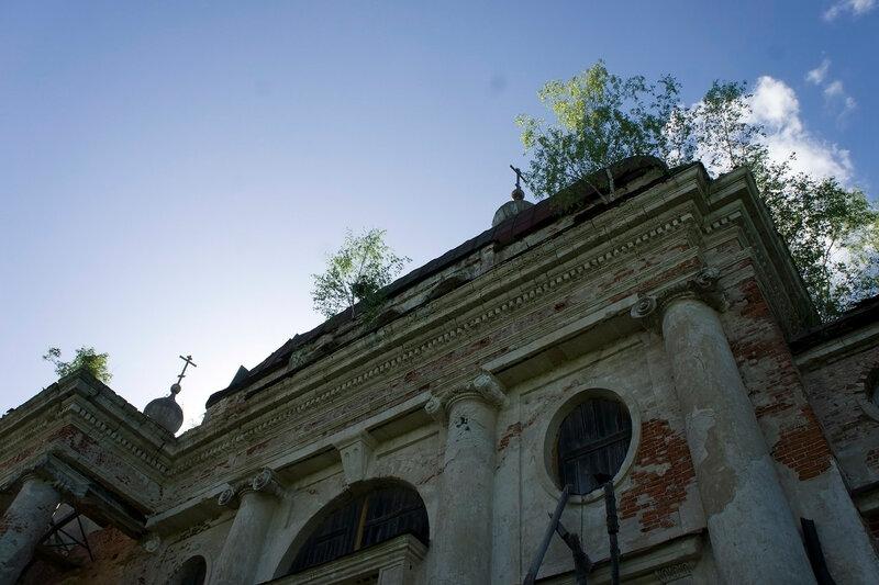 2015-05-23_116, МО, Ярополец, Церковь Казанской Божией Матери.jpg