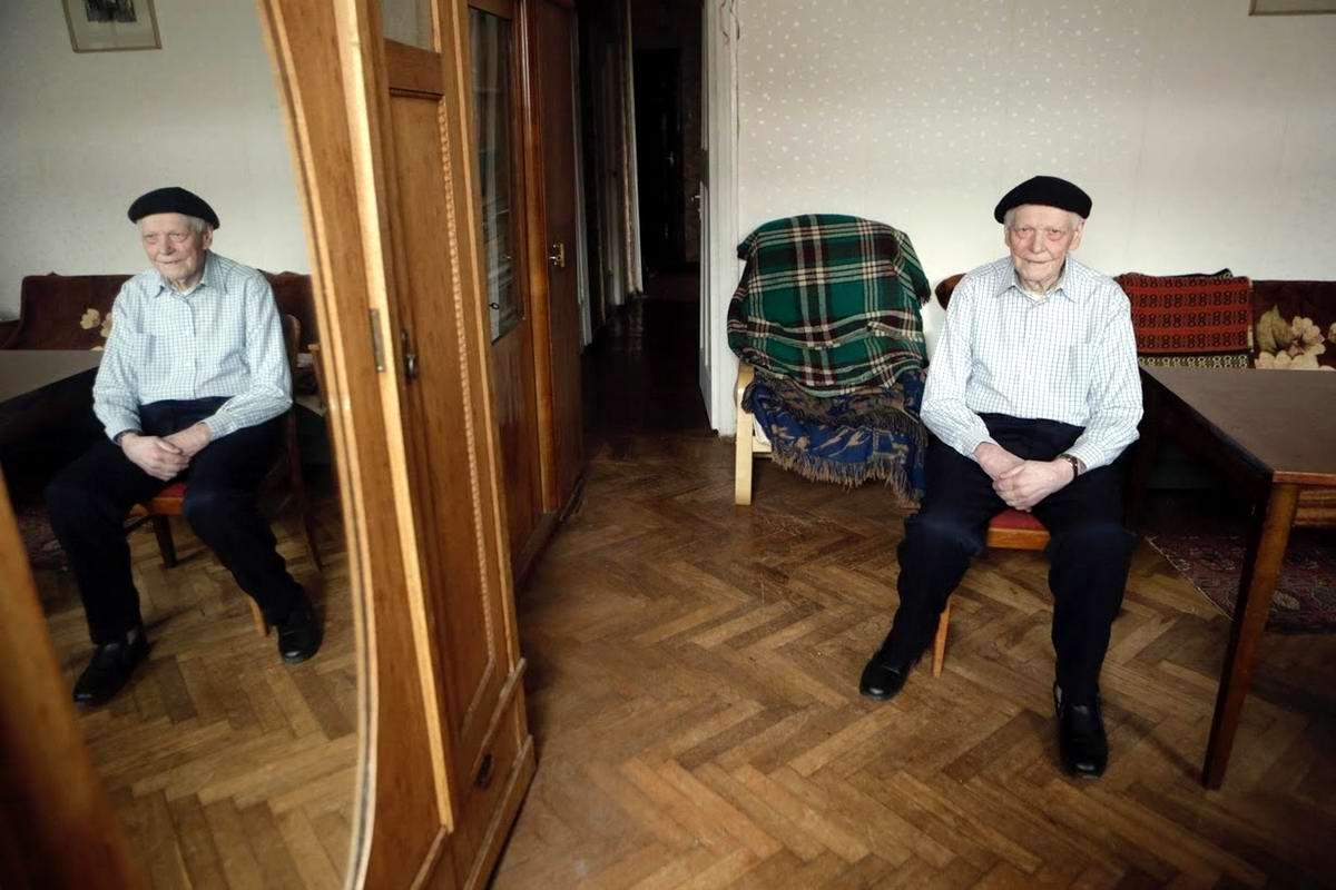 Фрицис Цеплис служил в пехоте с марта 1942 по май 1945 года. Закончил войну в Латвии