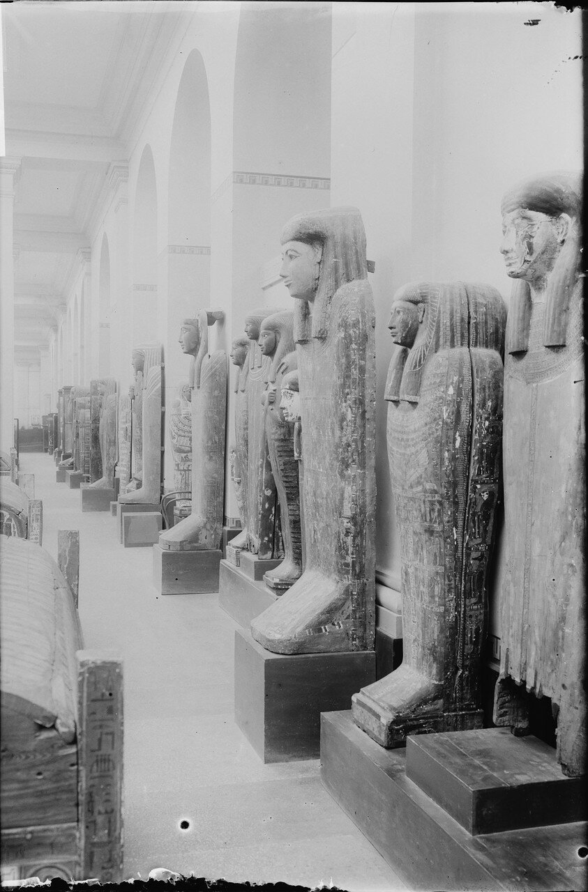 Саркофаги в Каирском музее