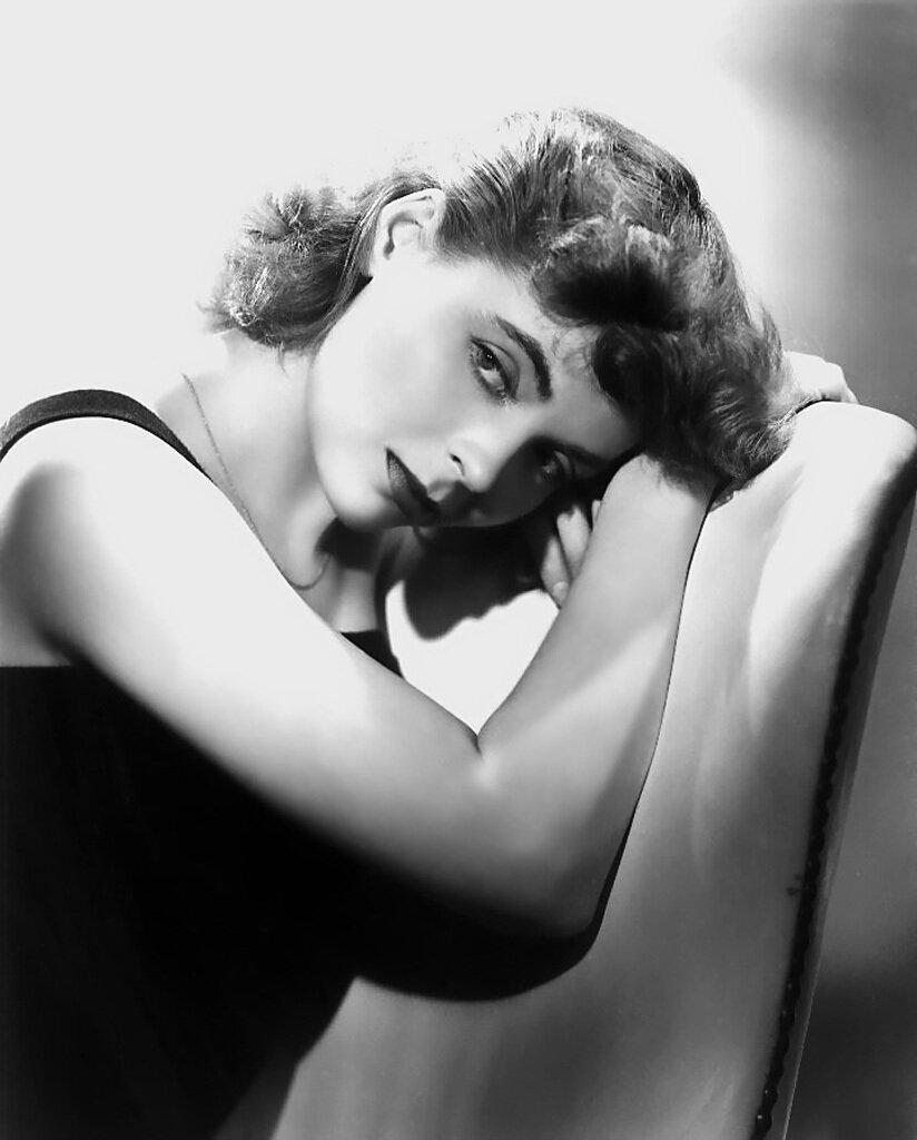 Dorothy McGuire.jpg
