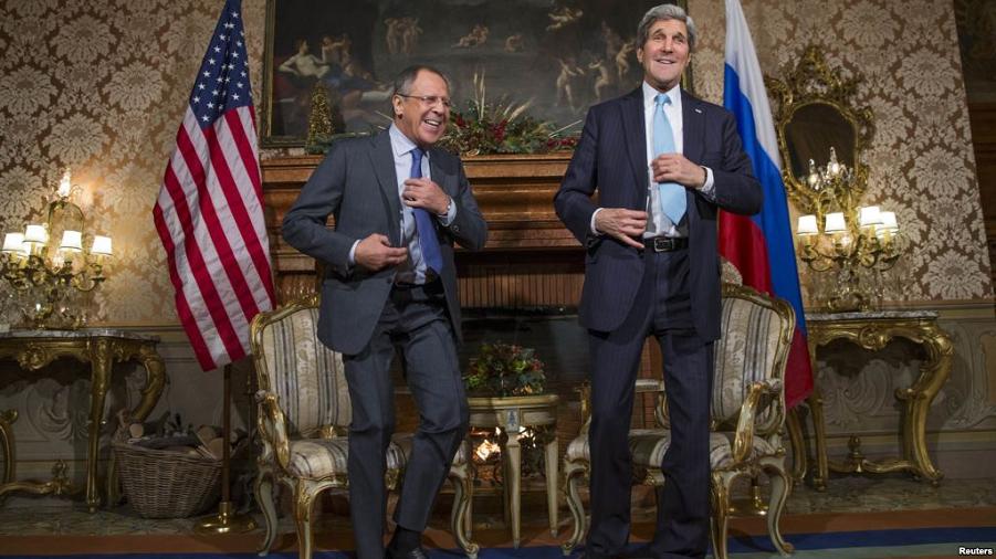 Керри и Обама в Италии.png