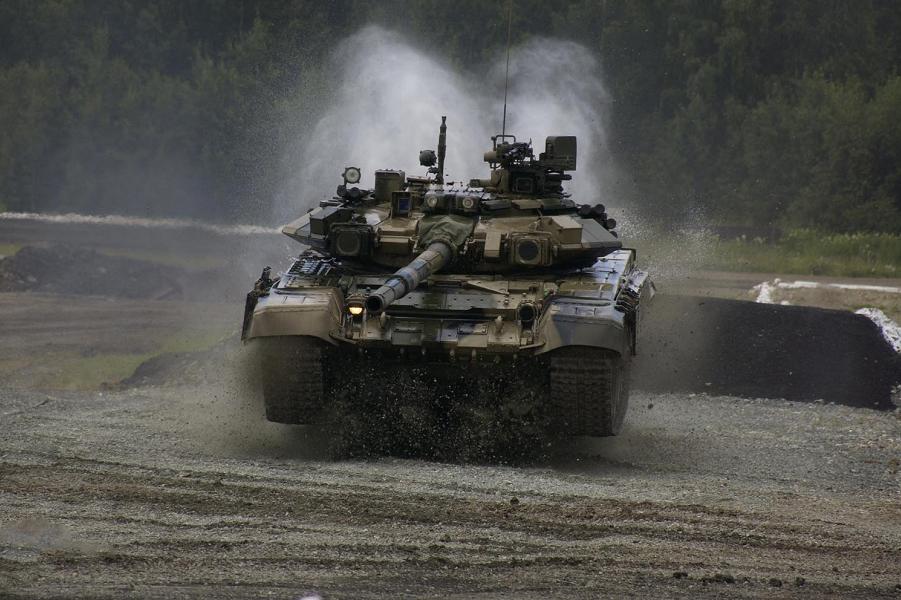 bronemashiny_tank_T_90-18.png