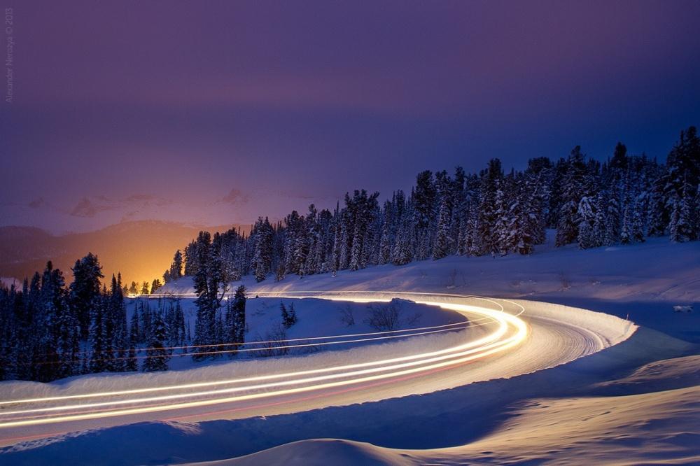 ©Alexander NerozyaДорога наЕргаки, Красноярский край. Зима вРоссии наступает несразу