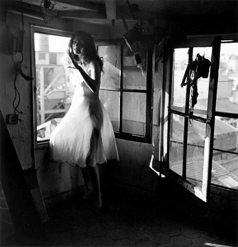 1946. Лелла. Париж
