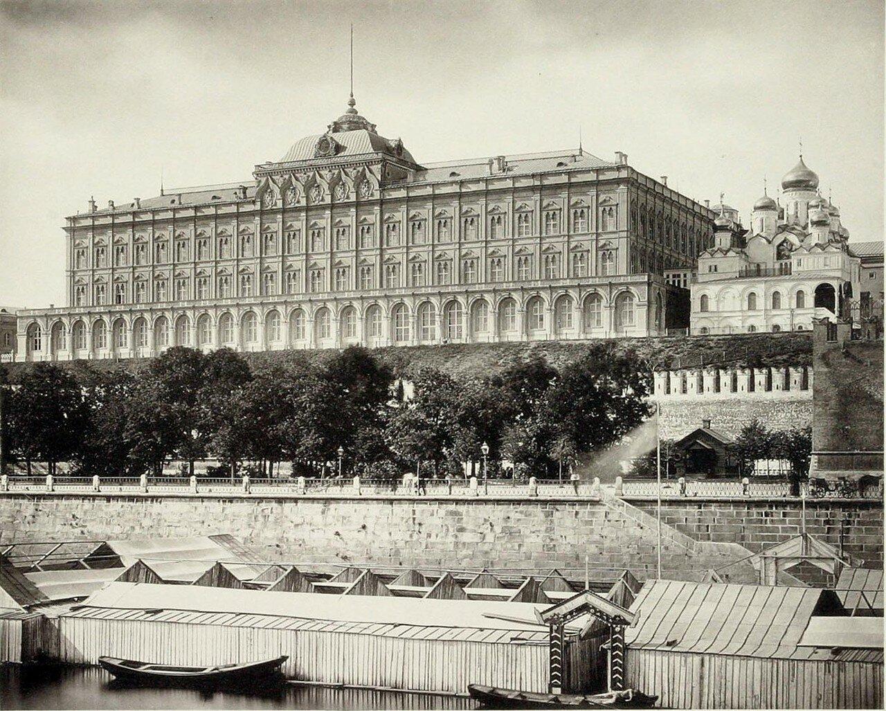 368. Большой Кремлёвский дворец