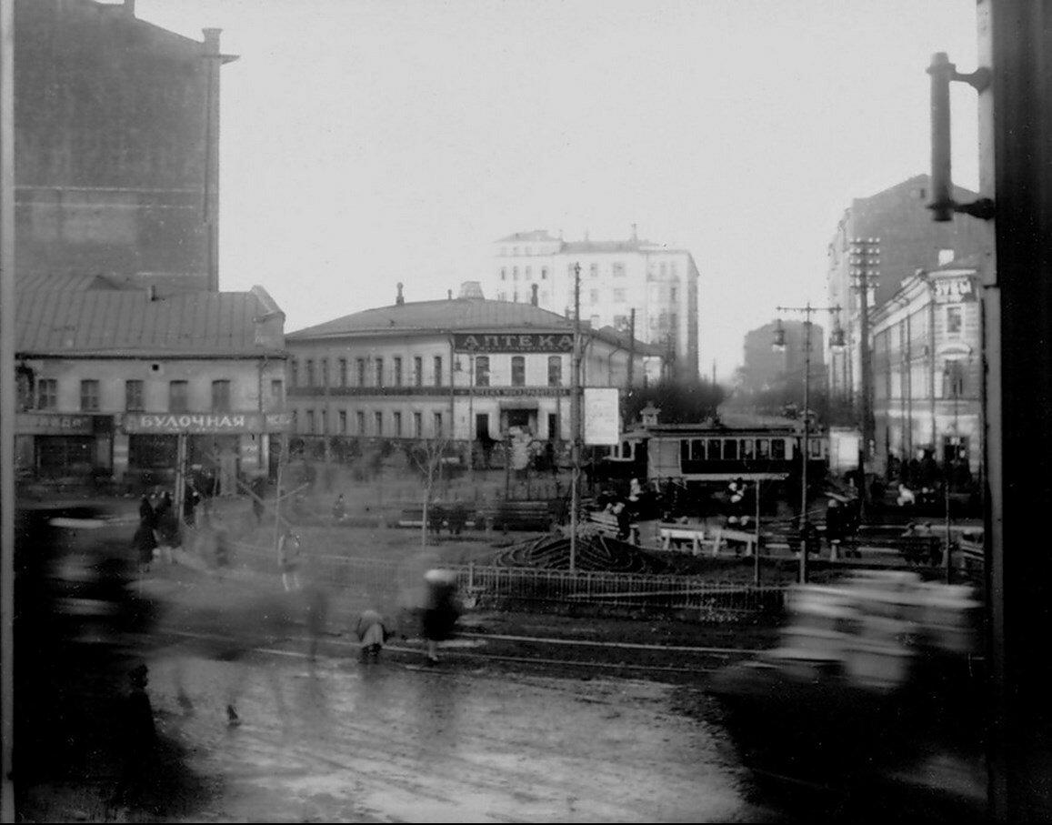 1930-е. Серпуховская площадь