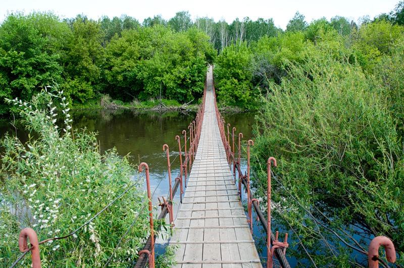 Подвесной мост через Миасс в Казанцево (фото ssgen). Хочется пройти? :) (25.09.2013)
