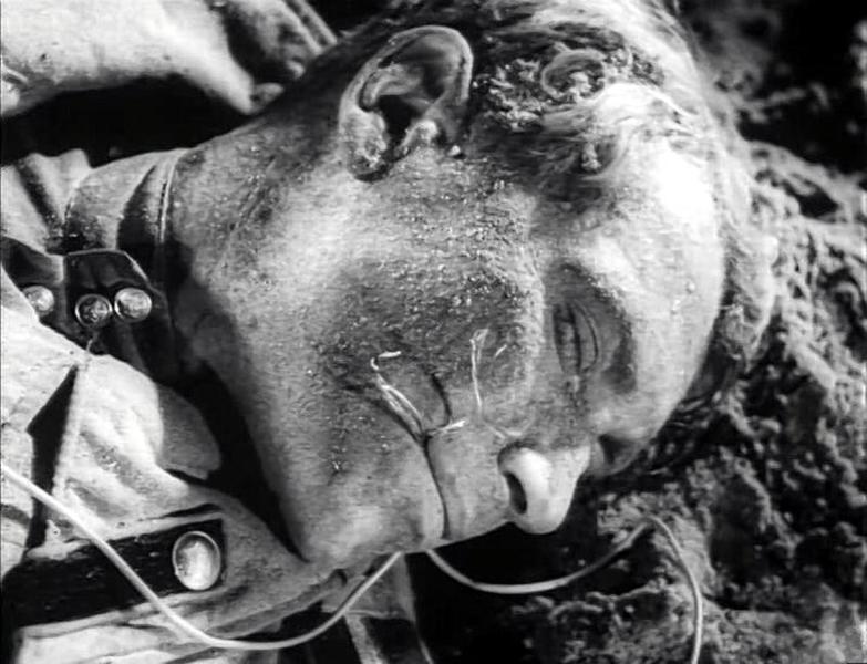 Что касается советского и российского кино, то жюри в Каннах было более щедрым на вторую по важности