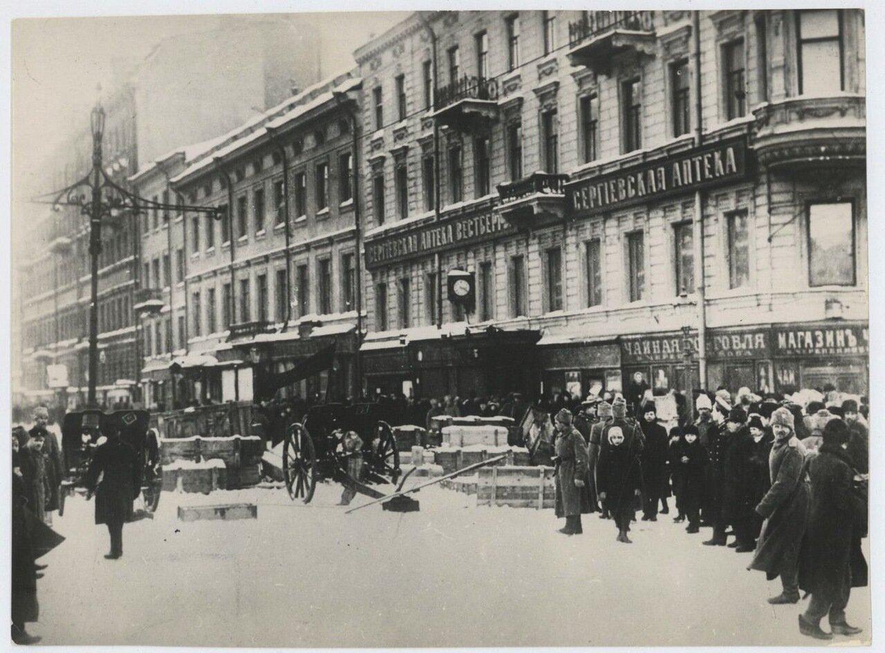 1917. Петроград. Баррикады на Литейном проспекте