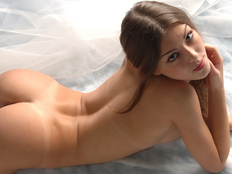 eroticheskie-fotografii-molodih-s-pozhilimi