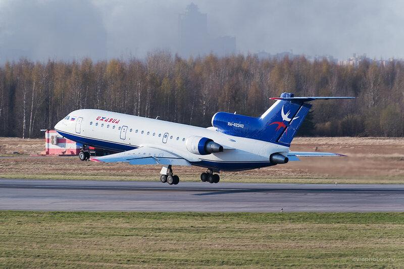 Яковлев Як-42Д (RA-42343) ИжАвиа D804544