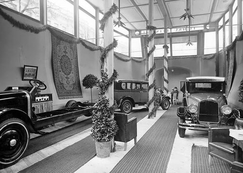 5 Автомагазин. Хельсинки, 1927 год.    2.jpg