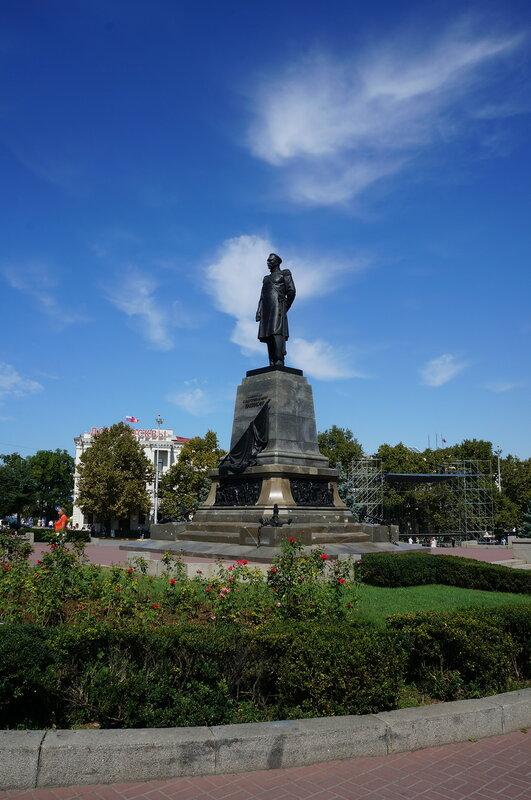 Памятник П.С. Нахимову