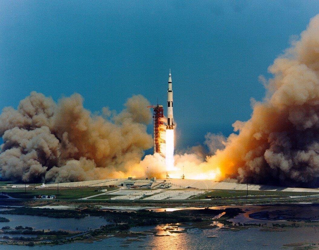 Старт «Аполлона-16» с космодрома на мысе Канаверал состоялся 16 апреля 1972 года в 17:54:00 UTC.