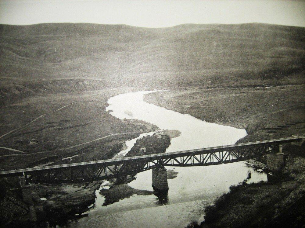 18. Мост через реку Куэнгу на 35-й версте