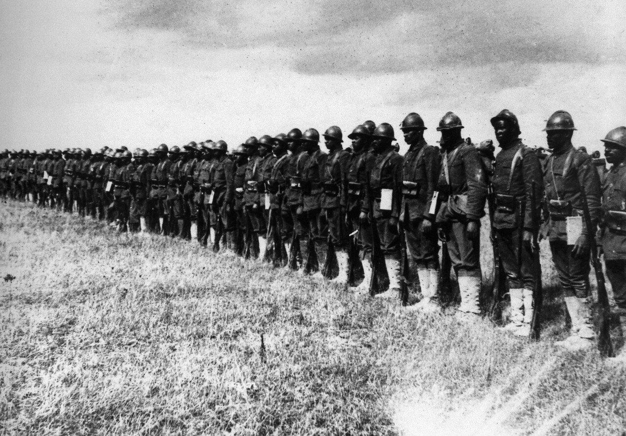 1918. 22 Апреля, 15 полк пехоты в Нью-Йорке