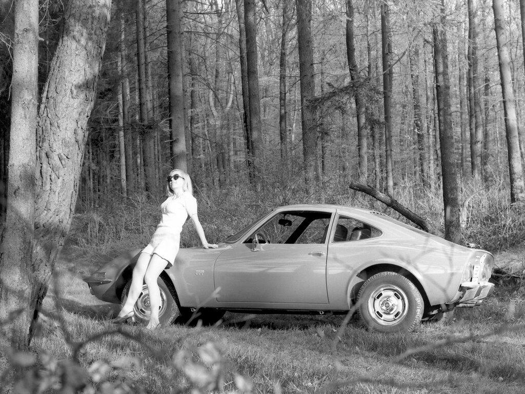 Opel GT '1968-73 3.jpg