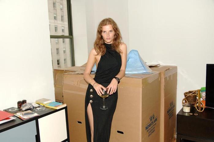Жизнь нью-йоркских моделей: фотографа интересуют люди без одежды