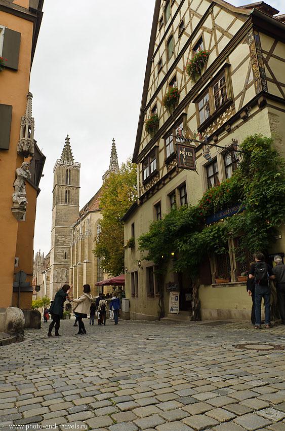 12. Церковь Святого Иакова (St.-Jakobs-Kirche) в древнем городе Ротенбург-на-Таубере... Камера Никон Д5100. Объектив Самъянг 14/2,8. Настройки: 1/200 сек; 0 eV; f/8; 14 мм; 250...