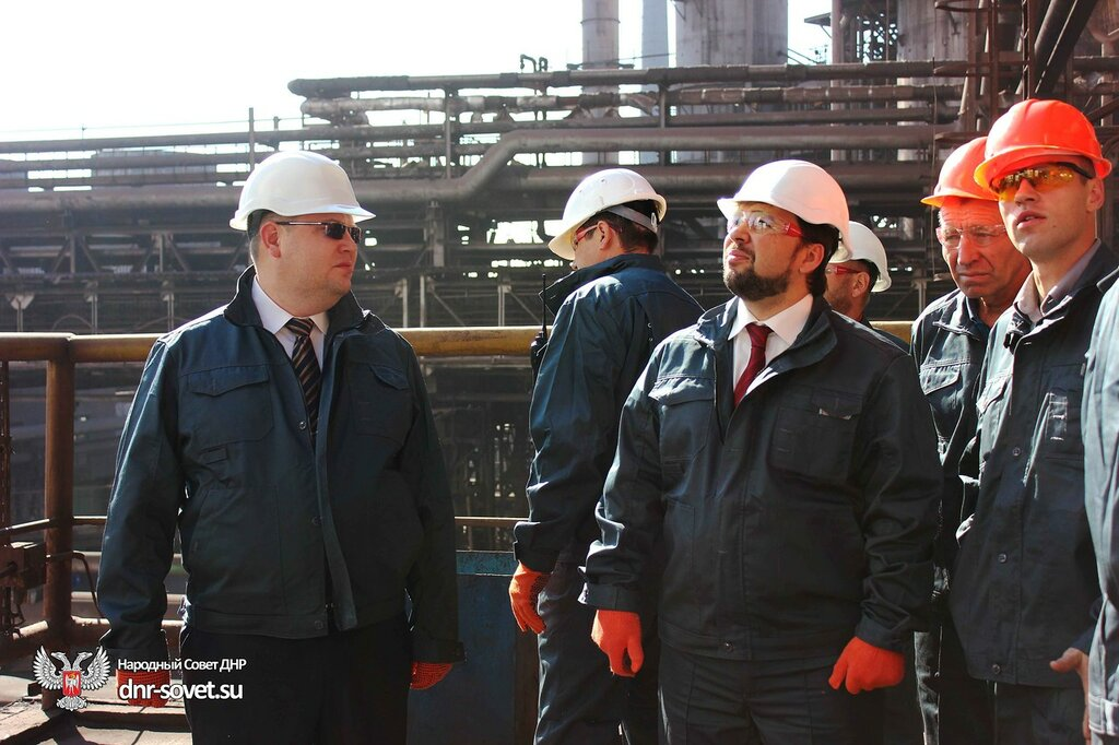 """На Чонгаре активисты """"завернули"""" следовавшую из Крыма фуру. На Каланчаке больше не пропускают грузовики - Цензор.НЕТ 2908"""