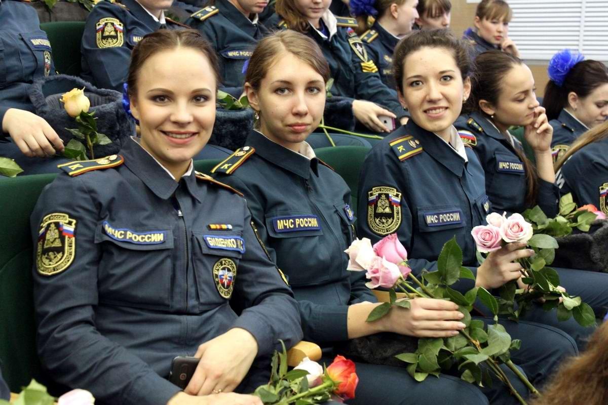 Любую беду руками разведу: Лица девушек из МЧС России (45)