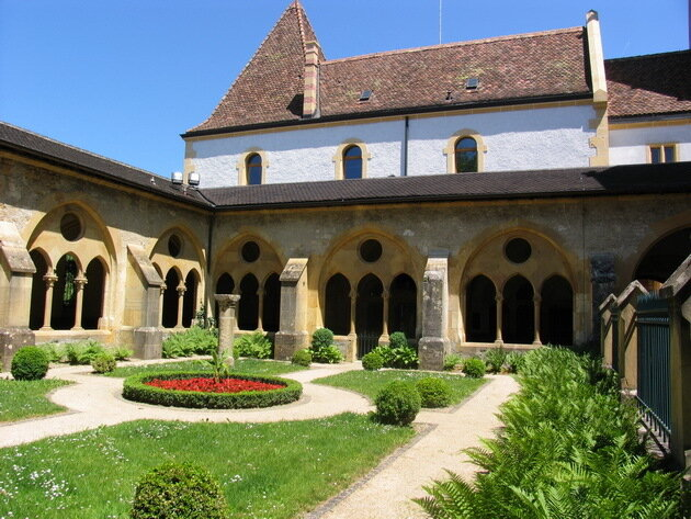 Невшательский замок (Neuchatel castle). Швейцария