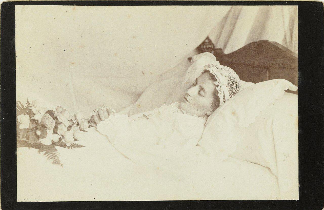 1890. Портрет умершей женщины