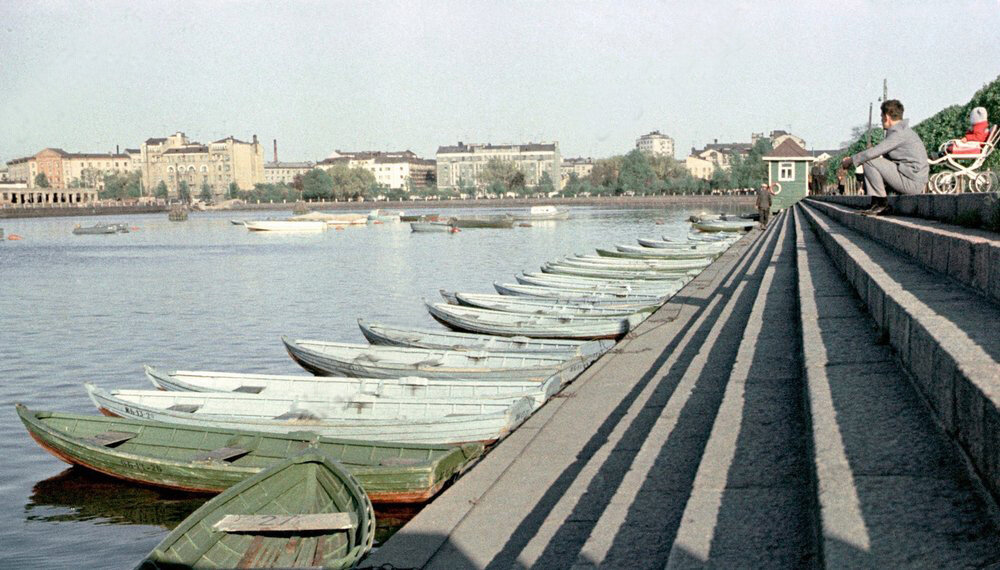 1969 Sea embankment in Vyborg.jpg