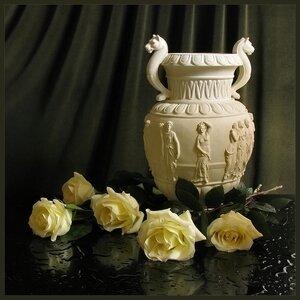 кувшин желтые розы.jpg