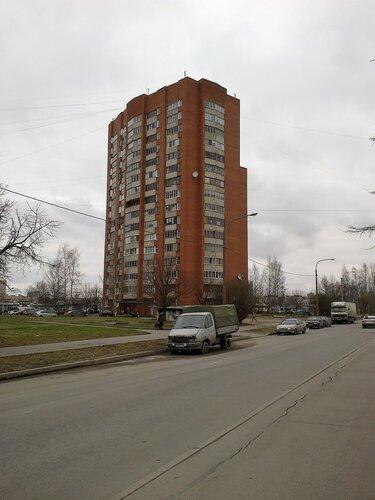 ул. Академика Константинова 16