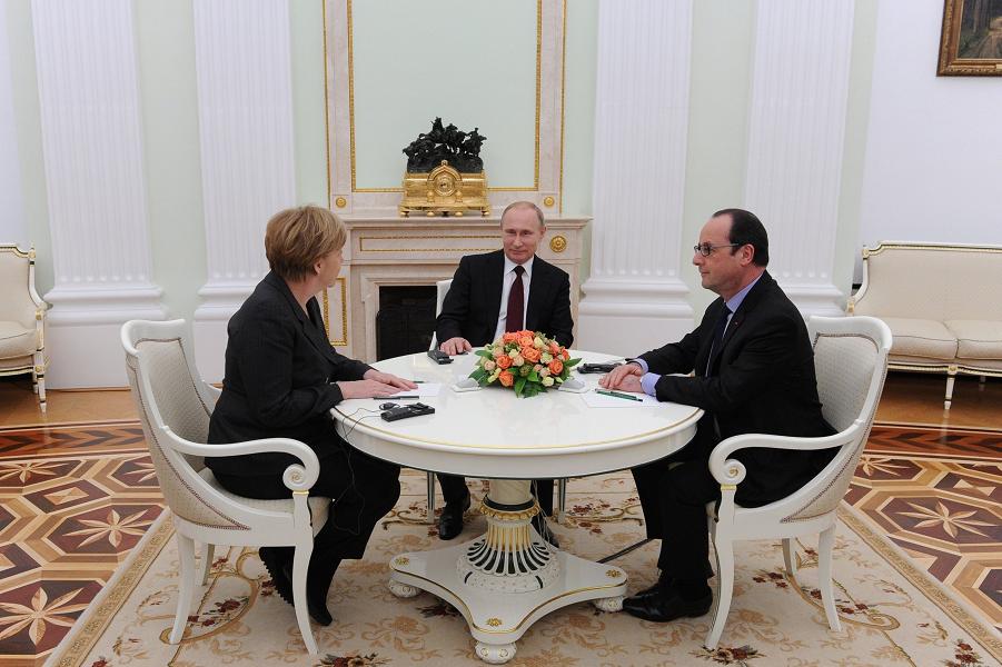 Путин, Олланд, Меркель.png