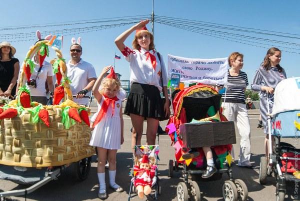Moskovskij-parad-kolyasok-2014-23-foto