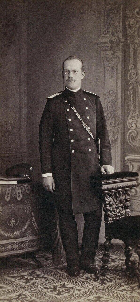 Портрет военного врача