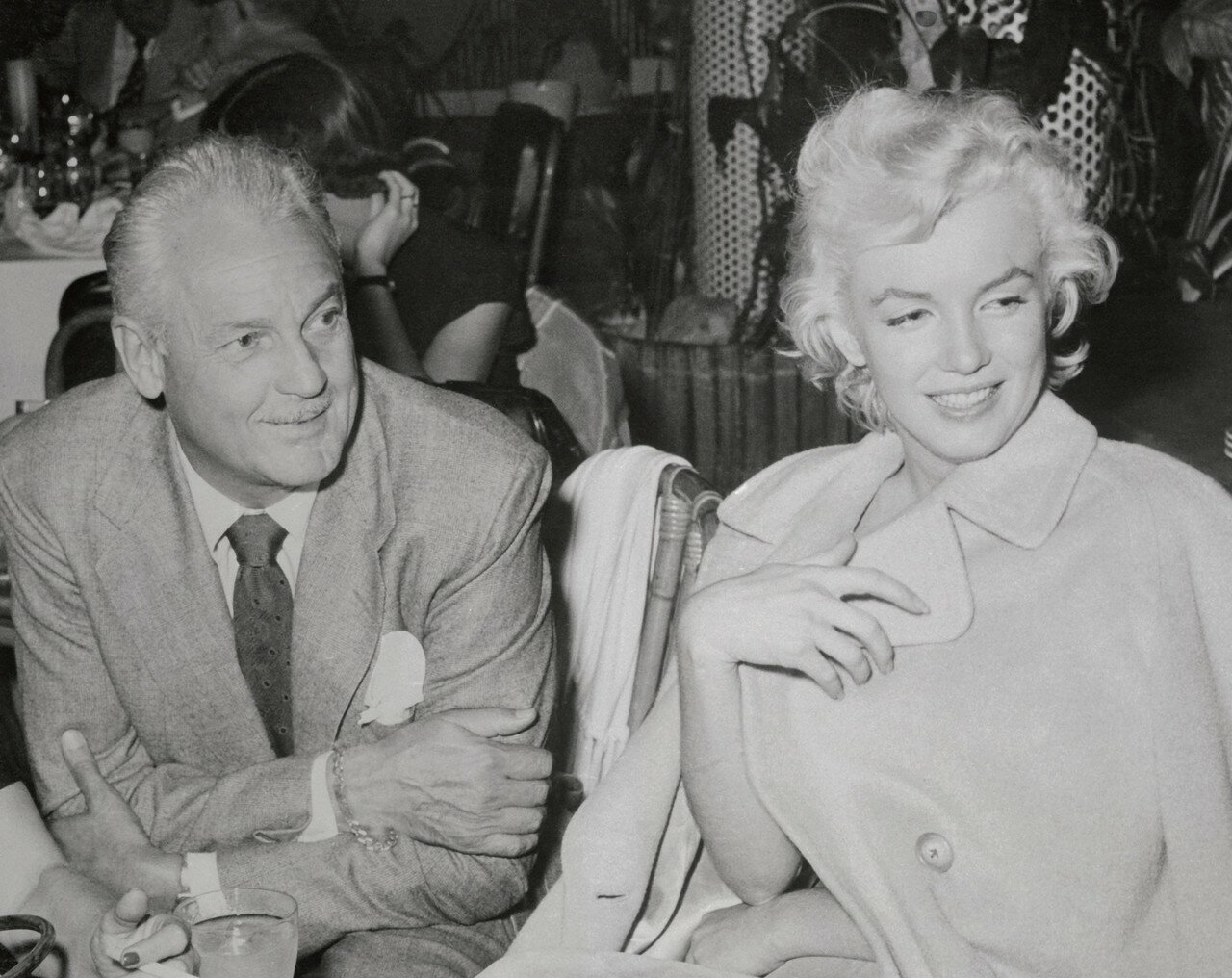 Marilyn Monroe Talking to Charlie Farrell