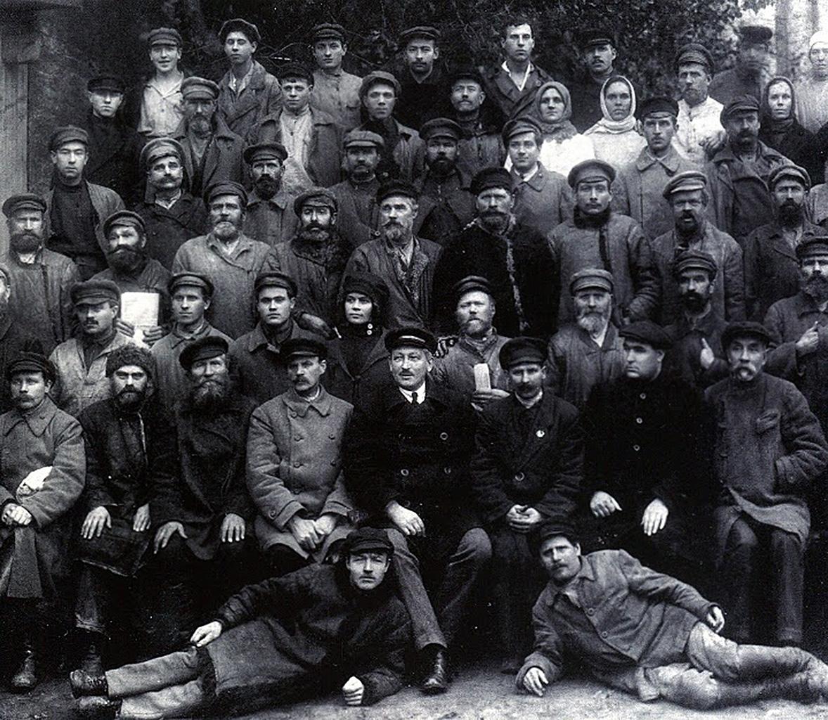Работники пивоваренного завода им. Стеньки Разина, Ленинград 1924 года.
