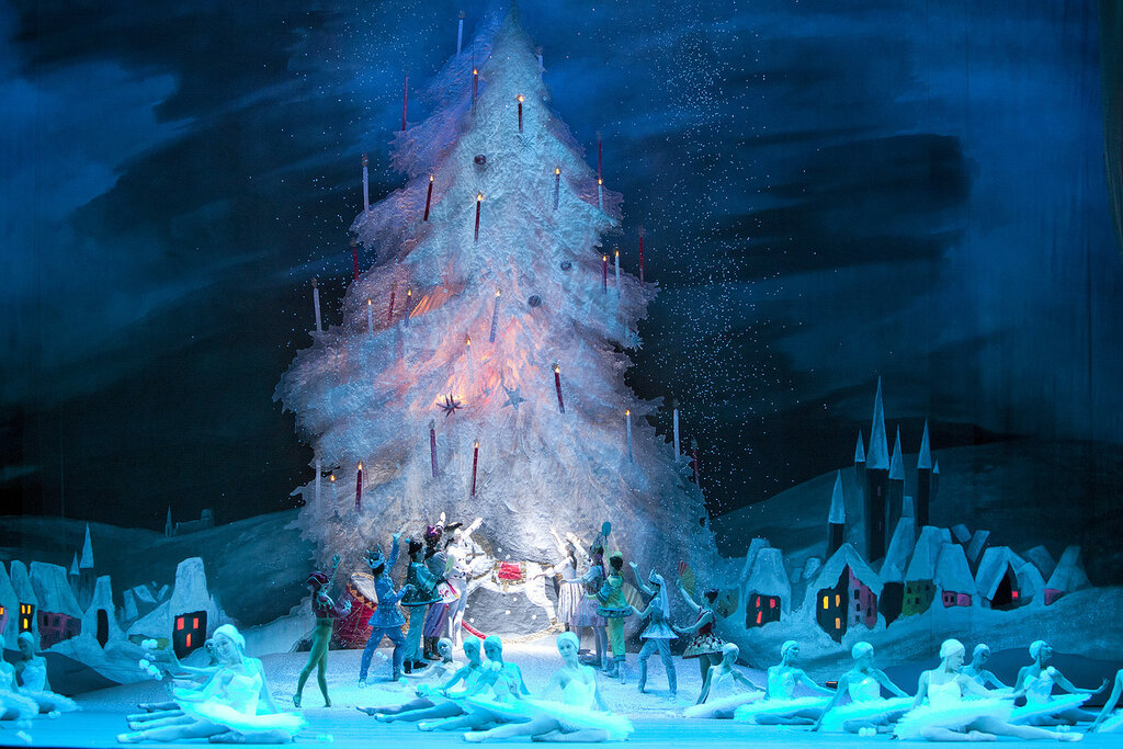 4_nutcracker_by-damir_yusupov.jpg