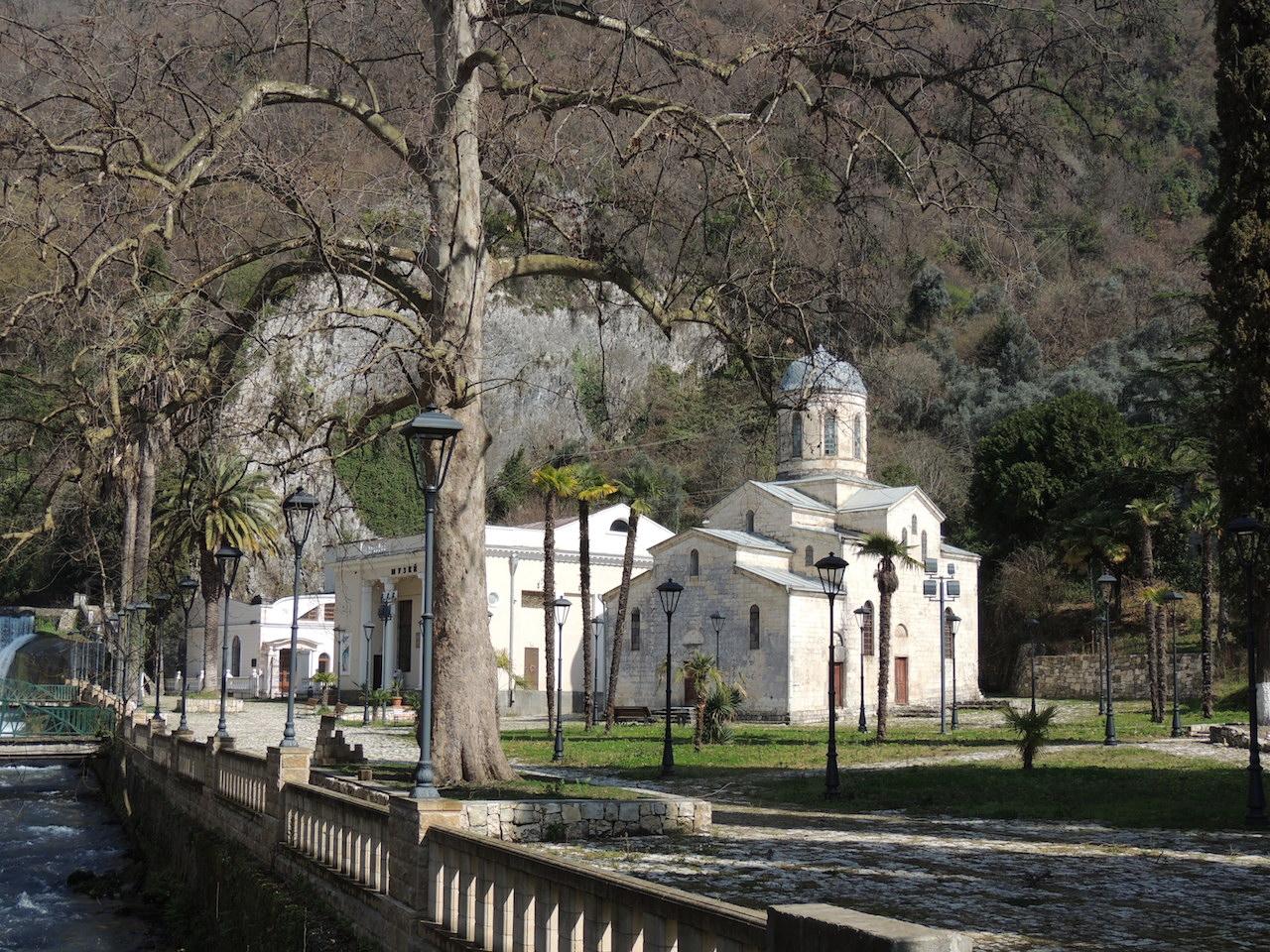 Абхазия Новый Афон Церковь Симона Кананита 14 марта 2015 г., 16-14.JPG