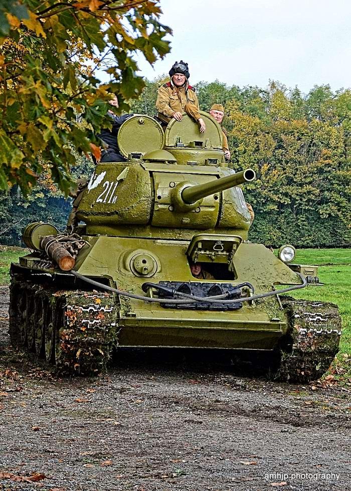 Солдаты Советской Армии в британских реконструкциях сражений 2-й мировой войны (36)